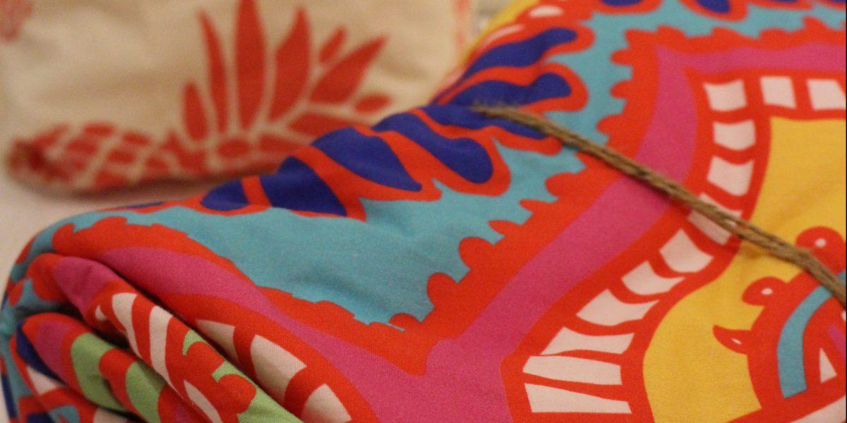 夏らしい柄がより一層リゾート気分を盛り上げる Bali Towel